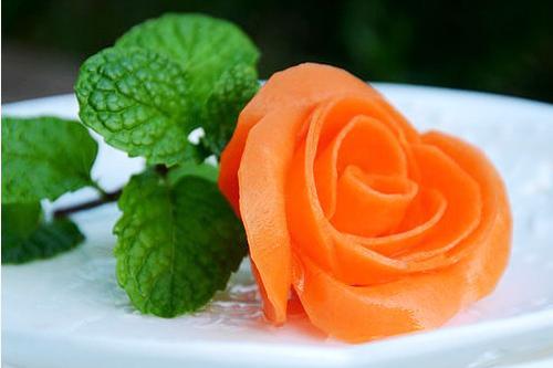 玫瑰花魔术气球编织图展示